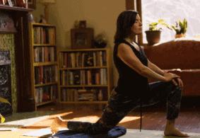 4 Posisi Yoga untuk Melatih Otot Psoas