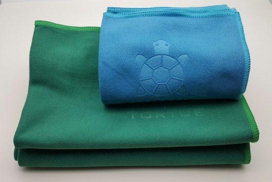 """Aquatic """"Hand"""" Towel - Green 3"""