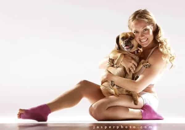 6 Cara Mengubah Rumah Menjadi Tempat Berlatih Yoga 1