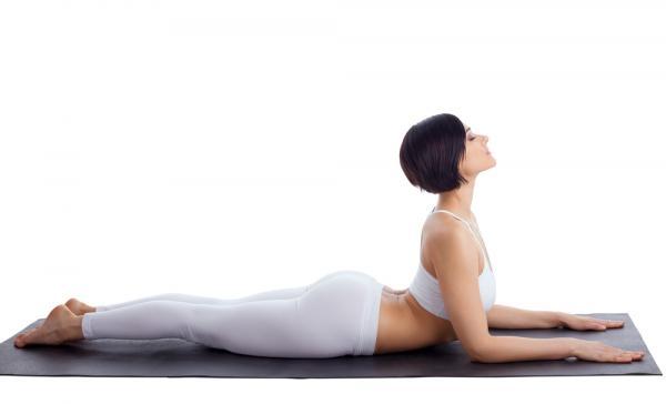 gerakan yoga - sphinx