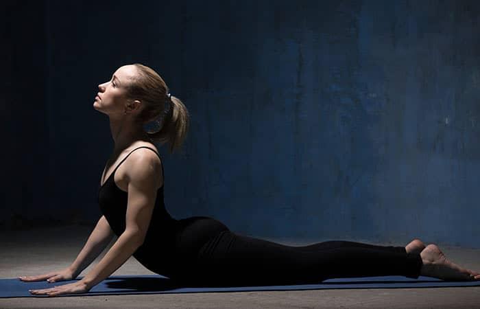 yoga pose - memperbaiki postur tubuh