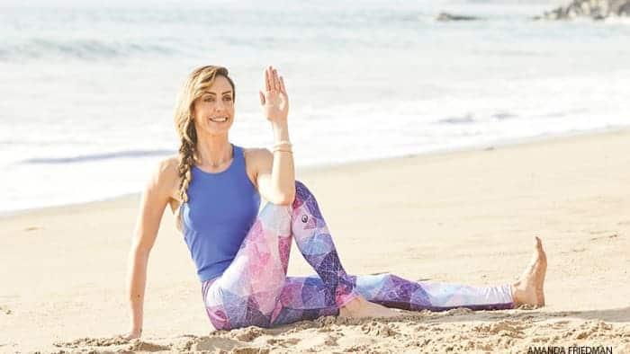 gerakan yoga dan latihan yoga pose