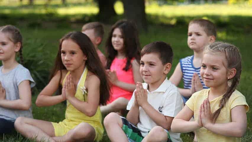 yoga for kids - manfaat yoga