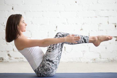 gerakan yoga crunch