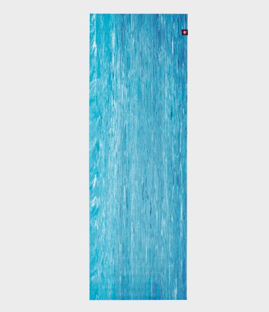eKO SuperLite Travel Yoga Mat - DRESDEN BLUE MARBLED 2