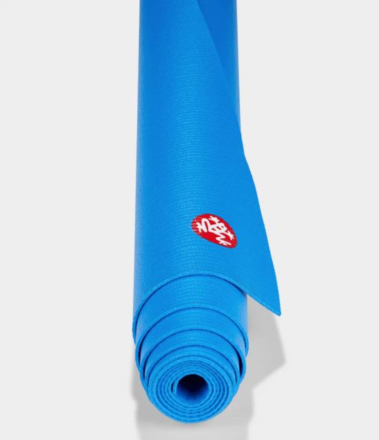 PRO TRAVEL Yoga Mat Manduka - BE BOLD BLUE 1
